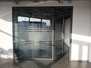 офисные перегородки в Мозырь из стекла и алюминия
