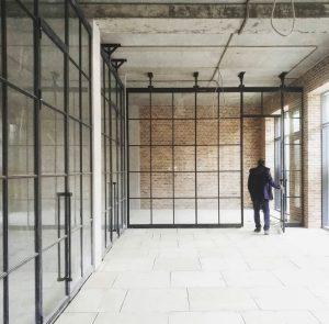 Офисные перегородки в стиле лофт Минск с распашными дверями